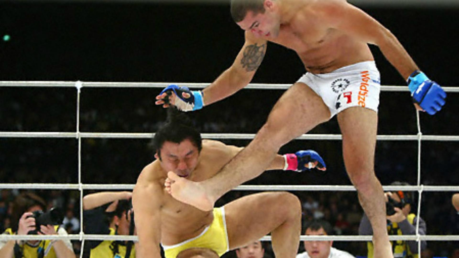 Mauricio Rua Shogun huvudspark MMA Regler Frontkick Online