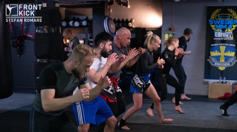 MMA-landslaget MMA-landslaget Frontkick Online Svensk MMA