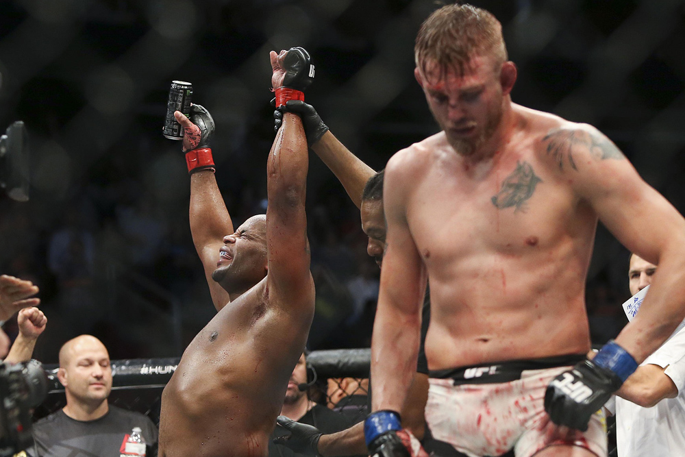 Daniel Cormier Alexander Gustafsson UFC MMA