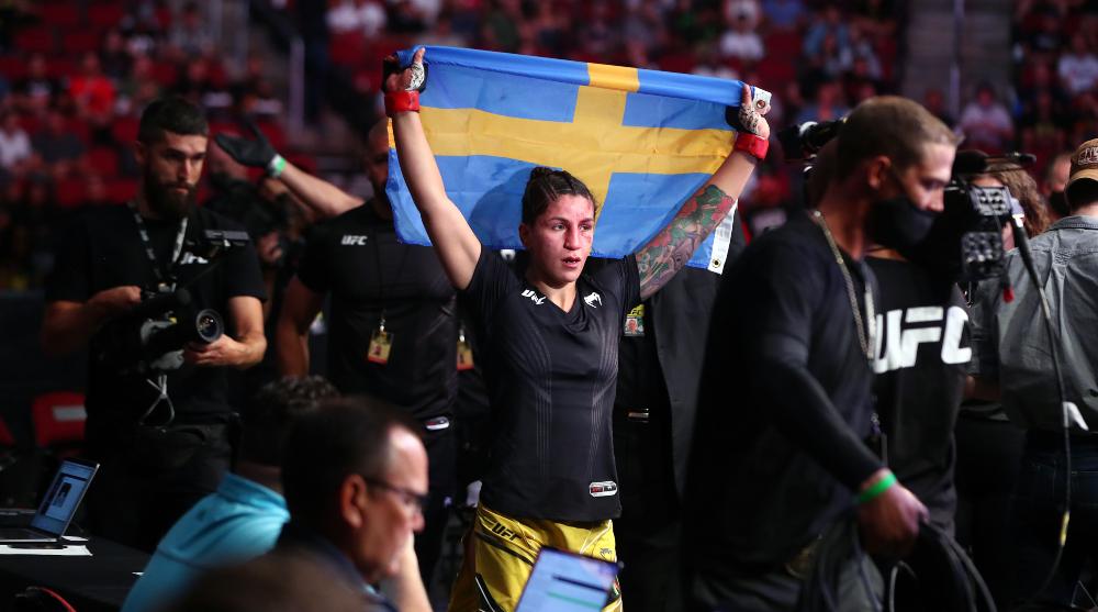 Pannie Kianzad UFC 263 MMA Frontkick Online Alexis Davis