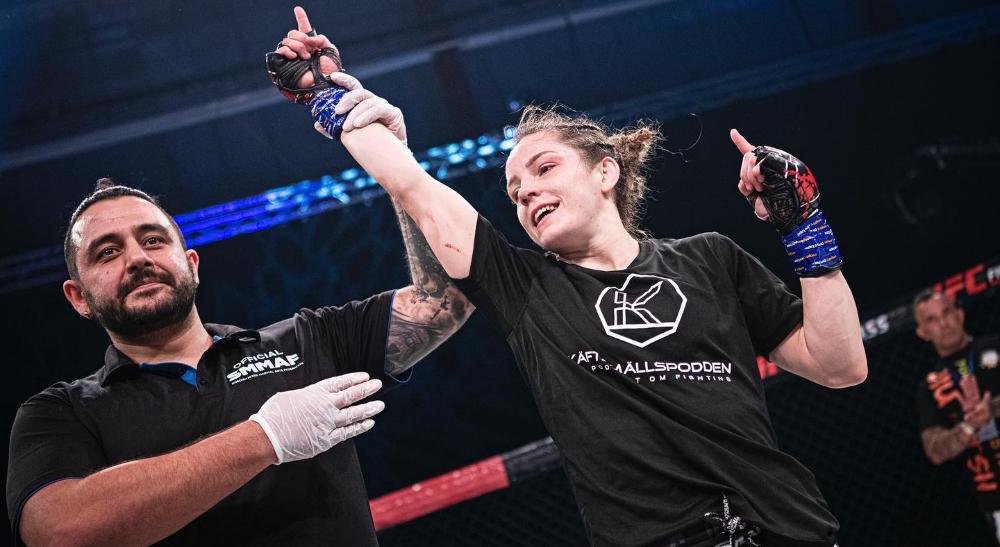 Josefine Thunder Lindgren Knutsson Fight Club Rush Frontkick.online